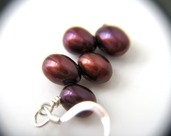Burgundy Earrings . Red Bridesmaid Jewelry . Red Pearl Earrings Bridesmaid Jewelry . Dark Red Earrings - Mia Collection