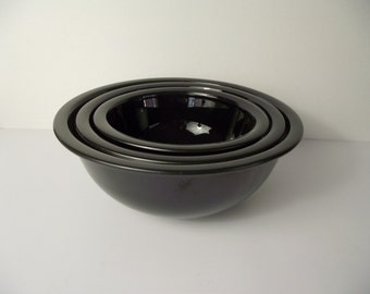 Pyrex Black Mixing Bowl Nesting Set Clear Bottom