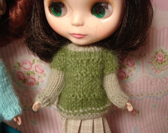Blythe Green Mohair and Wool Sweater for Pullip and Vintage Skipper Too