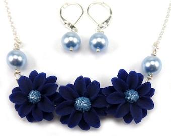 Blue Daisy Necklace - BlueFlower Necklace, Navy Blue FlowerJewelry, Navy Blue Flower Necklace, Blue Daisies, Daisy Jewelry, Daisy Gift