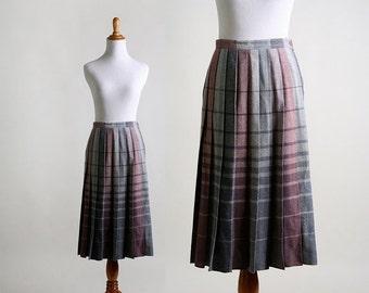 ON SALE Vintage Plaid Skirt - Ombre Pleated Wool Skirt - Medium