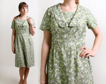ON SALE Vintage Floral Dress - 1960s Cotton Day Dress in Mint Clover Green - Large - Spring
