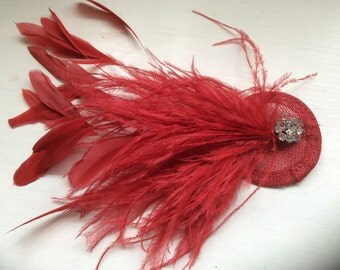 Fascinator/ Bridal hair accessories/ wedding hair accessories/ New handmade poppy red feather fascinator