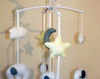 Elephant Baby Cot Musical Mobile / Unisex Baby Gift / Nursery Decor