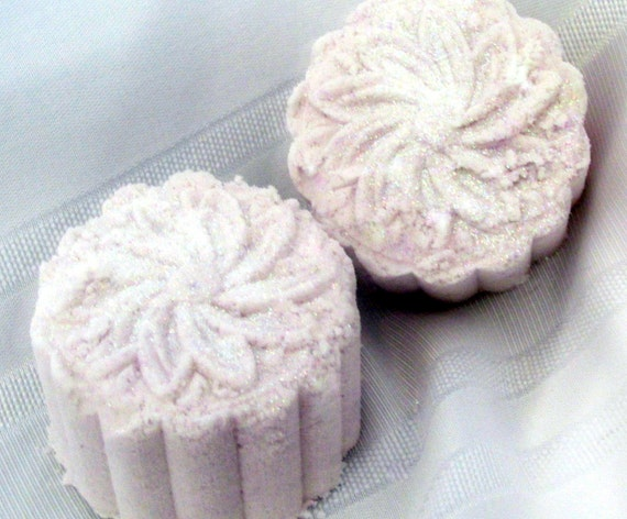 Gardenia Deluxe Bath Bomb Handmade, Natural Exfoliation, moisturizes, aromatic, beautiful gift, wrapped/labeled (Stardust Soaps)