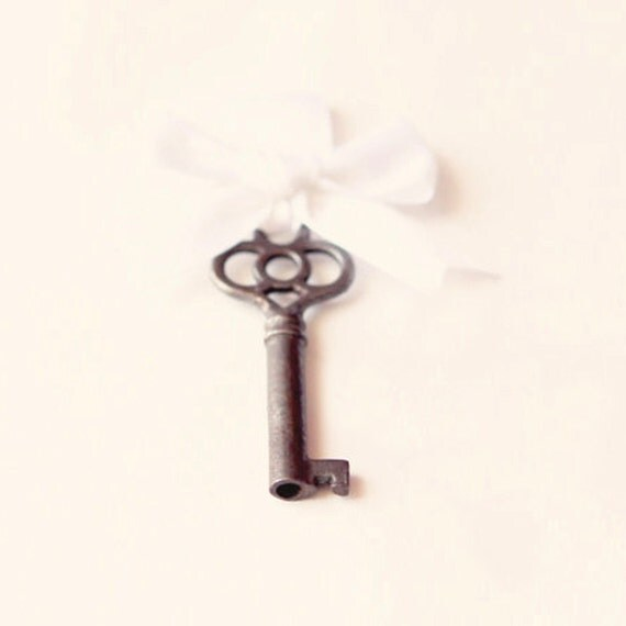 Antique key boutonniere, Groomsmen boutonniere, Real Vintage skeleton key corsage pin, Wedding button hole - KEY to my HEART