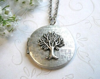 Silver tree locket necklace, vintage round locket, tree of life necklace, keepsake locket necklace