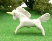 unicorn figurine - terrarium miniatures