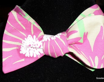 Handcrafted Self Tie Bowtie - Lilly Pulitzer Fabric Straw Flowers - Adjustable 15 to 19 inches