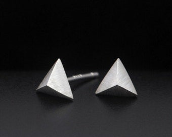 Triangle Silvery Earring Post Finding (ER104)