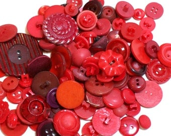 Red Buttons, Vintage Red Buttons x 100 pieces, Used Garment Buttons