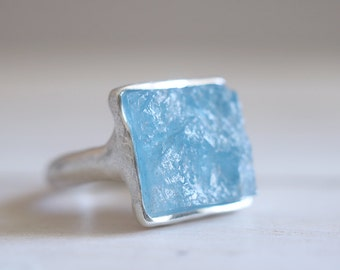 MADE to ORDER. Aquamarine ring. Sterling silver ring with natural Aquamarine crystal. Aquamarine, Aqua crystal, raw aquamarine ring.