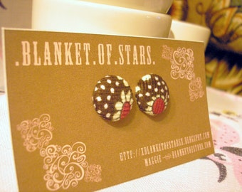 Flower and Dot Corduroy Button Earrings