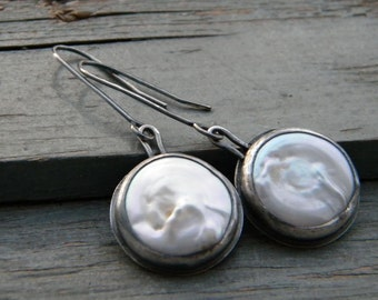 White pearls Earrings - Pearls  in sterling silver - white coin pearls jewellery