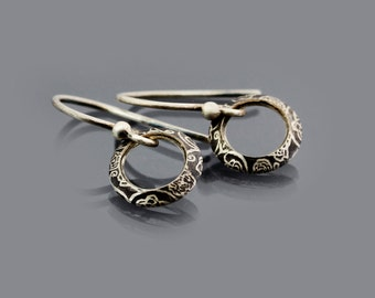 Small  Silver Circle Earrings, sterling silver dainty earrings, etched rose garden pattern, simple earrings, dainty jewelry
