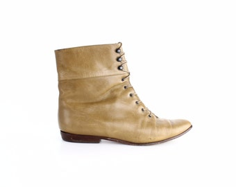 size 7.5 | Vintage Lace-Up Leather Boots | Smooth Calfskin Ankle Boots | Made in Italy | 38
