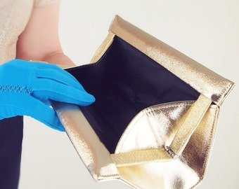 60s Gold Textured Vinyl Clutch Bag