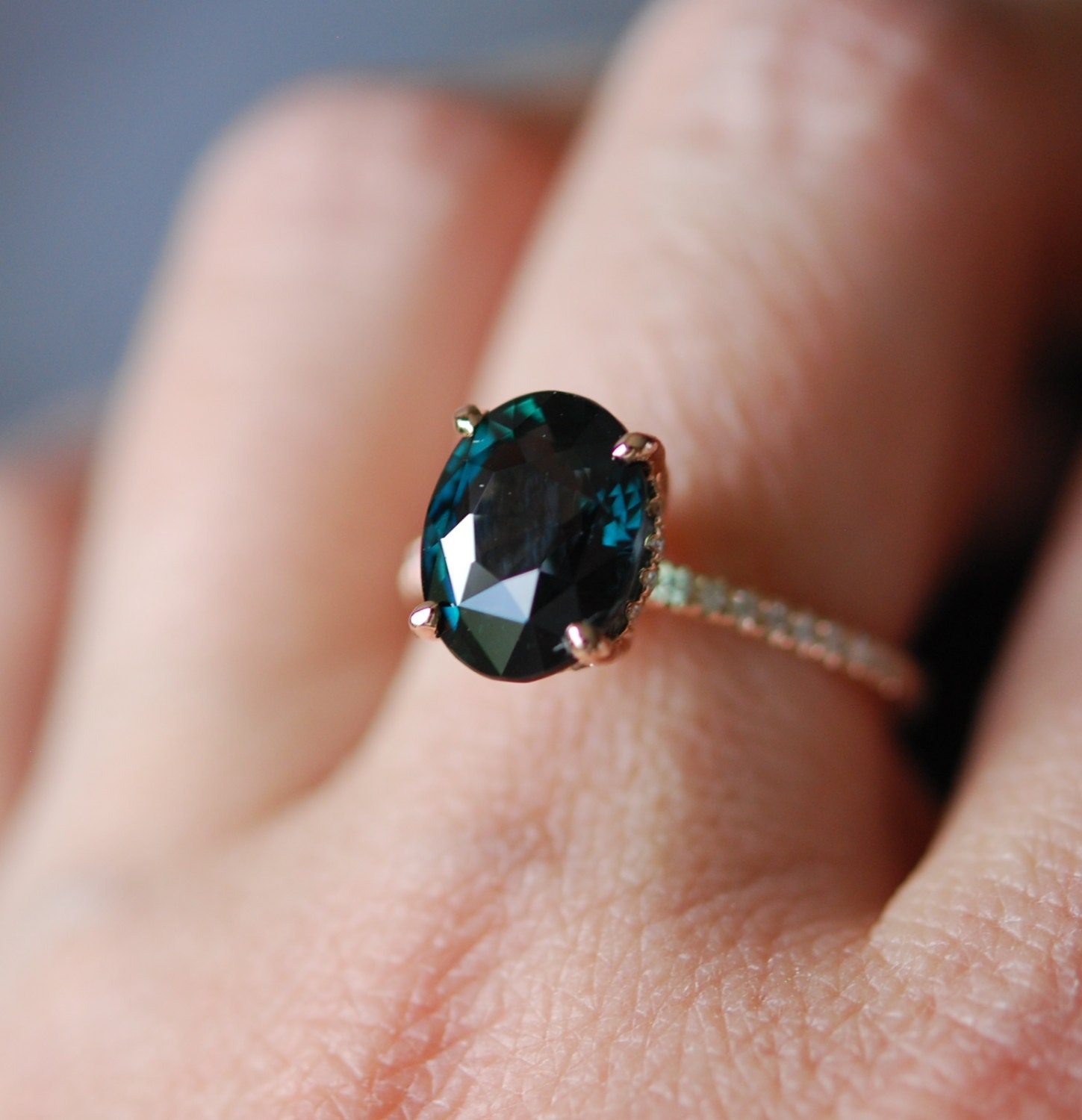peacock green sapphire engagement ring peacock sapphire. Black Bedroom Furniture Sets. Home Design Ideas