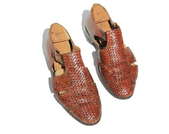 Size 11 Men's Weave Leather Cut Out Sandal Shoes