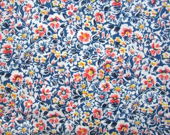 Vintage Fabric,  1940's Cotton Fabric, Little Pansy Flower Blossoms on Royal Blue and White, Quilting, Patchwork, Forties Fabric, Sewing