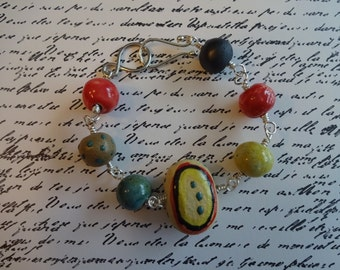 Handwired Silver Beaded Bracelet with Beads by Gaea