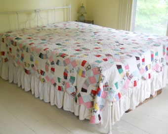 Vintage Cutter Wedding Ring Quilt • Shabby Vintage Hand Stitched Quilt
