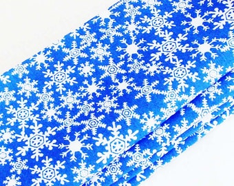 Snowflakes Christmas Cotton Napkins / Set of 4 / Bright Blue & White Winter Holidays Table Decor / Unique Eco-Friendly Gift Under 50