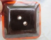 Vintage Buttons -1  Mid Century Modern, Awesome Lucite and Bakelite, brown(apr 50b)