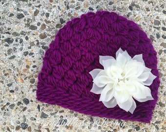 Newborn girl beanie.. Flower hair clip... Photography prop.. Ready to ship