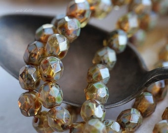 10% off MOTTLED .. 25 Premium Picasso Czech Round Glass Beads 6mm (5038-st)
