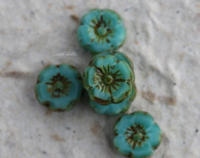 TURQUOISE PANSY No. 4 .. 6 Picasso Czech Glass Flower Beads 8.5-9mm (5381-6)