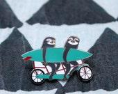 Enamel pin - tandem sloths