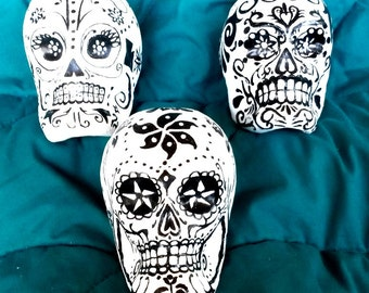 Day of the Dead Skulls Classic White & Black