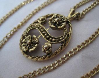 Flower Gold Necklace Vintage Pendant