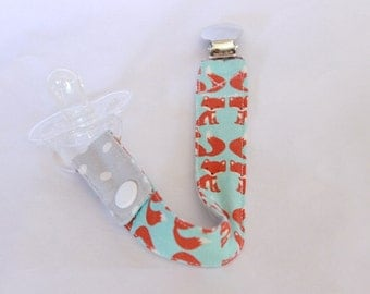 Baby Binky Clip, Pacifier Clip,Dots and Fox cotton fabric, paci/binky/toy clip