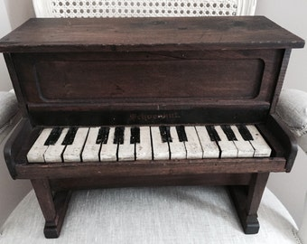 SALE***Vintage 1920s Schoenhut Piano - Sample Piano - Traveling Salesman Sample