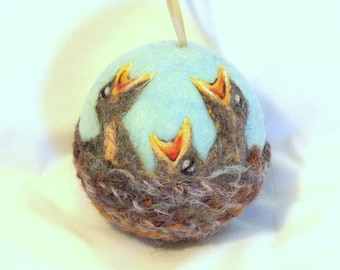 Needle Felted Christmas Ornament - Baby Birds in a Nest