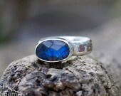 Rose cut Labradorite sterling silver ring - Slice -