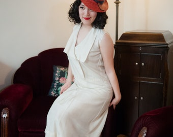 Vintage 1920s Dress - Charming Ivory Silk Day Dress with Button Accents