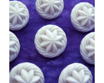 Nautical Star Buttons, 18mm 3/4 inch - Swirling White Compass Star Shank Buttons - 8 VTG Carved White Water Flower Plastic Buttons PL550 2LS