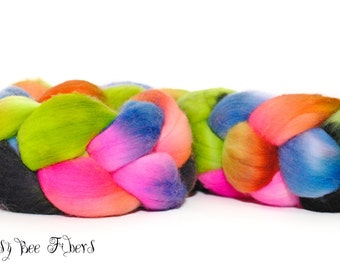 BROADWAY - Domestic Merino Hand-Dyed Hand Painted Combed Top Wool Roving Spinning Felting fiber - 4.1 oz