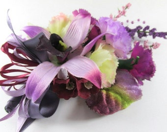 Radiant Orchid Corsage or Boutonniere in Purple, Violet and Lavender (BTN.1301.14)