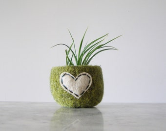 Felted Wool Bowl  -  Air Plant Pot - Tillandsia Planter - Moss Green Wool Bowl with Oatmeal Heart  Jewelry Organizer - Ring Dish - Catch All