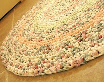 "Round crochet rag rug, mat, bath mat. Rose, pink, green, 29"", cottage, shabby, eco."