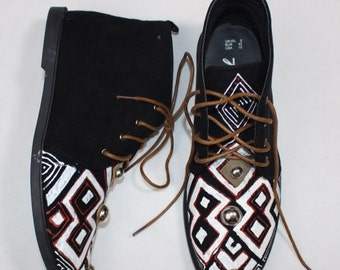 Hand Painted Desert Boots