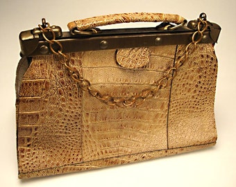 Vintage Amelia Berko Locking Leather Hand Bag, Purse (faux alligator design):  Short Handle with Decorative Chain