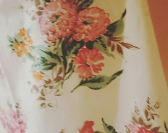 Vintage Sixties Floral Fabric Half Circle Skirt To Fit Size 10 -12 AU