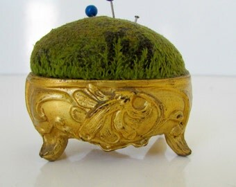 Victorian Pin Cushion French Art Nouveau Metal Pin Cushion Vintage Sewing French Gold Hollywood Regency