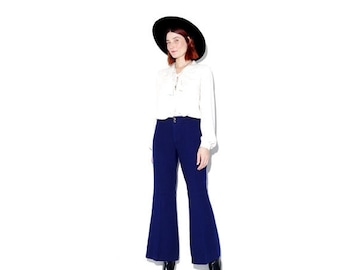 HURRY HALF OFF 1970s 70s bellbettoms xs small / cropped pants bell bottoms cropped flare pants flare jeans cropped flares navy blue wool pan