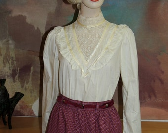 JESSICAS GUNNIES Ivory Lace and Ribbon Blouse